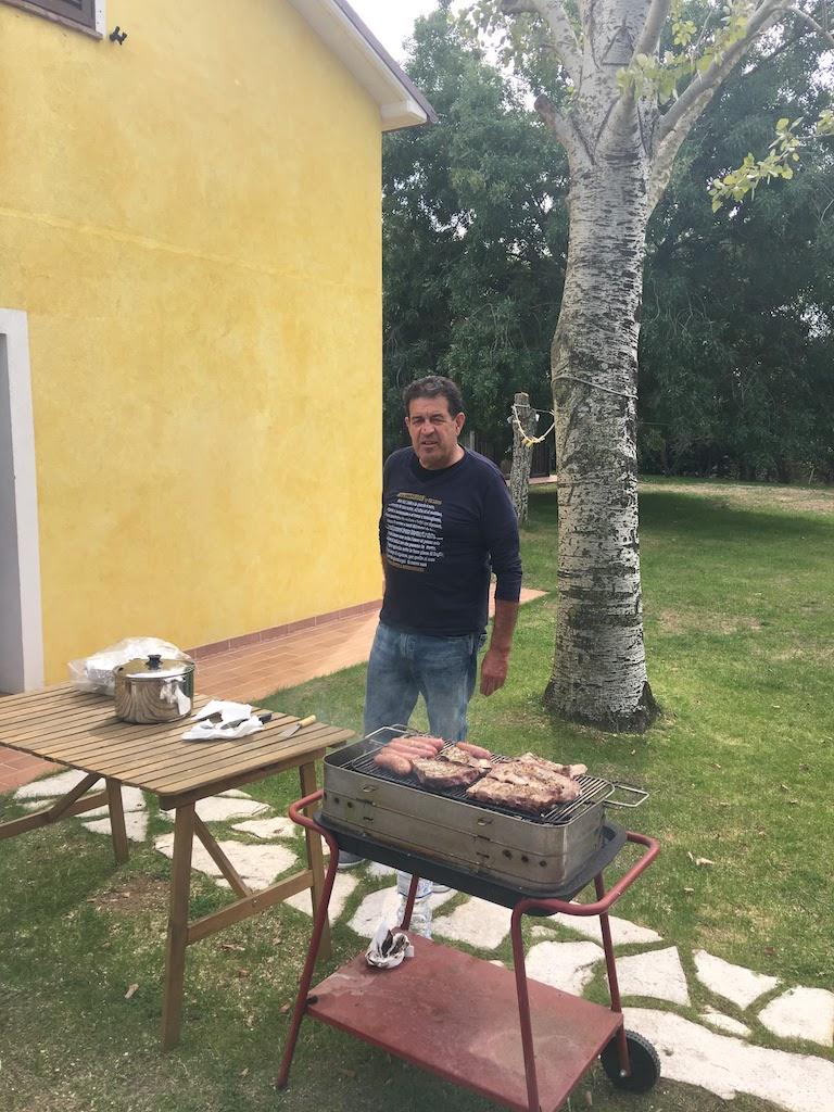 IK6RYU at the BBQ